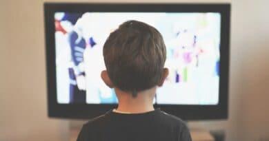 Televizyon İzlemenin Zararları